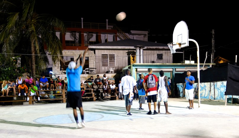 0.Basketball_Actionshot