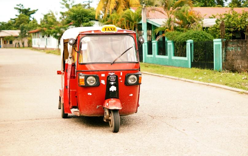 0.Tuktuk