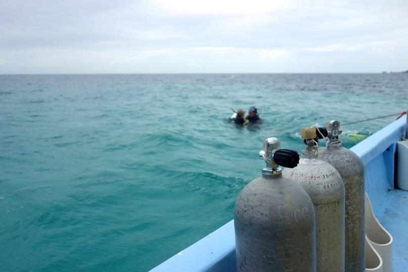 0.Boat_Dive_Tanks