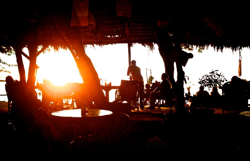 0.Sundown_Bar